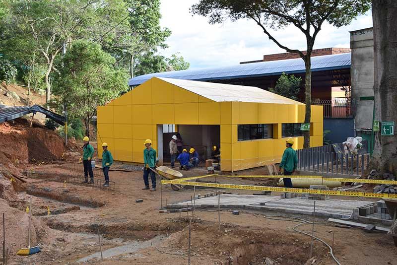 Ludoteca y Parque La Ceiba