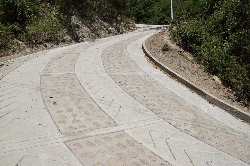 Placa Huella Vereda Angelinos Bosconia