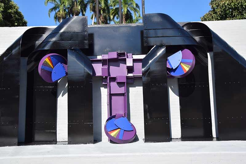 Restauración Escultura del Maestro Edgar Negret - Plaza Cívica Luis Carlos Galán